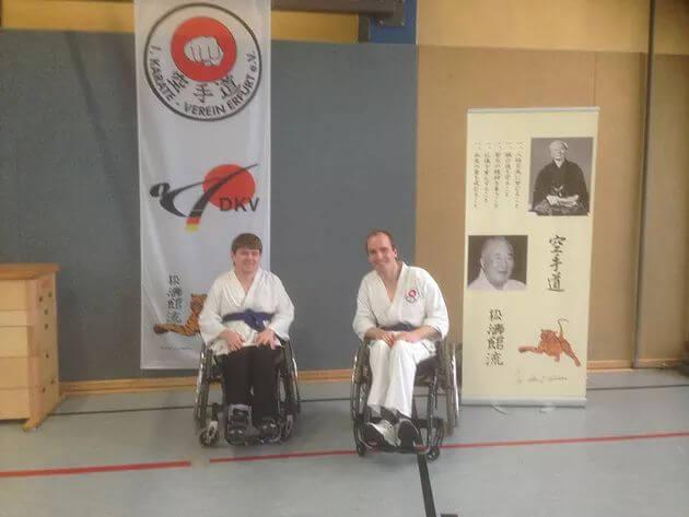 Rollstuhl-Team des 1. Karate-Verein Erfurt beim Weihnachtsseminar